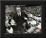 Vince Lombardi Being carried off the field after the Packers beat the Raiders in SuperBowl II Framed Photographic Print