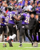 Ray Lewis &amp; Ed Reed walk off the field together for the last time during Lewis&#39; final game in Balti Photo