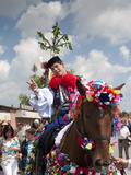 Man Wearing Vlcnov Folk Dress During Ride of Kings Festival, Vlcnov, Zlinsko, Czech Republic Photographie par Richard Nebesky