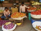 Vegetables for Sale, Devaraja Market, Mysore, Karnataka, India, Asia Photographie par  Tuul