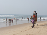 Indian Holidaymakers on Puri Beach, Puri, Bay of Bengal, Orissa, India Photographic Print by Annie Owen