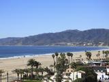 Beach, Santa Monica, Malibu Mountains, Los Angeles, California, Usa Photographie par Wendy Connett