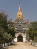 Ananda Pahto, Bagan (Pagan), Myanmar (Burma), Asia Photographic Print by Richard Maschmeyer