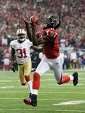 NFL Playoffs 2013: Falcons vs 49ers - Julio Jones Fotografisk trykk av Dave Martin