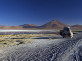 Laguna Colorada (Red Lagoon), Altiplano, Eduardo Avaroa Andean Fauna Nat'l Reserve, Bolivia Photographic Print by Simon Montgomery
