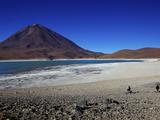 Laguna Verde/Green Lagoon and Volcan Licancabur, Eduardo Avaroa Andean Fauna Nat'l Reserve, Bolivia Photographic Print by Simon Montgomery
