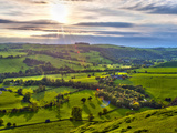 River Manifold Valley Near Ilam, Peak District National Park, Derbyshire, England Fotografie-Druck von Alan Copson