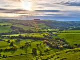 River Manifold Valley Near Ilam, Peak District National Park, Derbyshire, England 写真プリント : アラン・コプソン