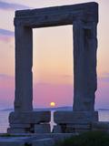 Gateway, Temple of Apollo, Archaeological Site, Naxos, Cyclades, Greek Islands, Greece, Europe Reprodukcja zdjęcia autor Tuul