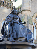 Queen Victoria Statue, the McManus, Dundee, Scotland Photographic Print by Mark Sunderland