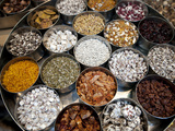 Various Types of Sonf, Mouth Freshener, Sonf Stall in Market, Kolkata, West Bengal, India Photographie par Annie Owen