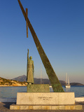 Statue of Pythagoras (Greek Philosopher and Mathematician), Pythagorion, Samos, Greece Lámina fotográfica por Stuart Black