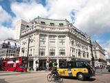 Diagonal Pedestrian Crossing at Oxford Circus, London, England, United Kingdom, Europe Fotoprint van Adina Tovy
