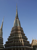 Chedi at Wat Po (Wat Phra Chetuphon), Bangkok, Thailand, Southeast Asia, Asia Photographic Print by Godong 