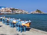 Restaurants on Harbour, Kokkari, Samos, Aegean Islands, Greece Fotografisk tryk af Stuart Black