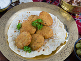 Falafel, Deep-Fried Balls or Patties Made from Ground Chickpeas and or Fava Beans, Arabic Countries Fotografie-Druck von Nico Tondini