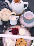 Cream Tea at the Castle by the Sea Tearoom, Scarborough, North Yorkshire, Yorkshire, England, UK Fotografie-Druck von Mark Sunderland