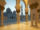 Angelo Cavalli - Sheikh Zayed Mosque, Abu Dhabi, United Arab Emirates, Middle East Fotografická reprodukce