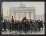 Left Wing Demonstrations That Lead to Ebert Forming the Weimar Republic Innrammet lerretstrykk