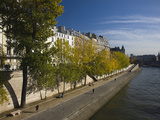 Buildings at the Waterfront, Quai Des Orfevres, Ile De La Cite, Seine River, Paris, Ile-De-Franc... Lámina fotográfica por Green Light Collection