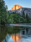 Half Dome Reflected in Merced River, Yosemite Valley, Yosemite National Park, California, USA Valokuvavedos
