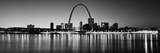 City Lit Up at Night, Gateway Arch, Mississippi River, St. Louis, Missouri, USA Lámina fotográfica por Panoramic Images,