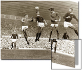 Manchester United contre Arsenal, match de football au stade Old Trafford, octobre 1967 Affiches