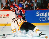 Mark Messier Oilers vs Ray Bourque Photo