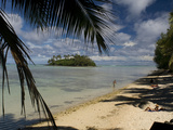 People Relaxing on Muri Lagoon Beach, Rarotonga Island Photographic Print by Tino Soriano