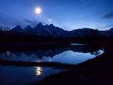 The Moon over the Teton Range Fotografisk trykk av Michael Melford