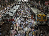Crowds at the Churchgate Railway Station in Mumbai Photographic Print by Randy Olson