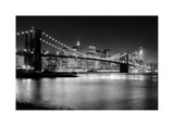 NYC Nights Giclée-Druck von Nina Papiorek