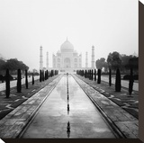 Taj Mahal - A Tribute to Beauty Stretched Canvas Print by Nina Papiorek