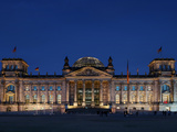 German Reichstag to the Blue Hour Photographic Print by Daniel Hohlfeld