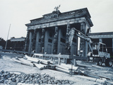 Construction in 1992 Photographic Print