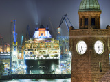 Cruise Ship Queen Mary 2 in Hamburg Photographic Print by Christian Ohde
