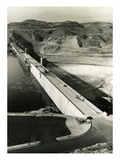 Grand Coulee Dam, 1941 Giclee Print