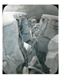 Crevasse at Mt. Tacoma, 1912 Giclee-trykk av Ashael Curtis