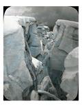 Crevasse at Mt. Tacoma, 1912 Lámina giclée por Ashael Curtis