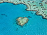 Aerial View of Heart Reef, Part of Great Barrier Reef, Queensland, Australia Fotografie-Druck von Peter Adams