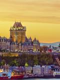 Canada, Quebec, Quebec City, Vieux Quebec or Old Quebec across Saint Lawrence River or Fleuve Saint Fotografie-Druck von Alan Copson