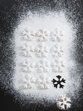Christmas Biscuits with Icing Sugar Photographic Print by  Strehlau-Ferfers