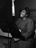 Mahalia Jackson - 1961 Fotografiskt tryck av Lacey Crawford