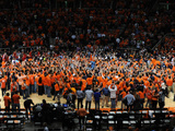Illinois vs. Indiana - Fans Storm the Court: February 7, 2013 Fotografisk tryk