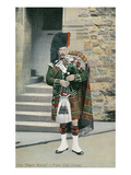 Black Watch Piper in Full Dress Prints