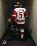 Detroit Red Wings - Nicklaus Lidstrom Hockey Photo Photo