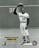 Roberto Clemente - 9/30/72 3000 Hit Photo