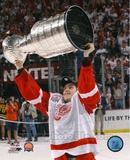 Pavel Datsyuk with the 2002 Stanley Cup 12 Photo