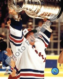 Mike Richter - &#39;93/&#39;94 with cup Photo