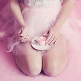 Ballerina's Secret Diet Fotografie-Druck von Iness Rychlik